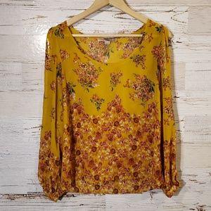Love 21 adorable open shoulder blouse